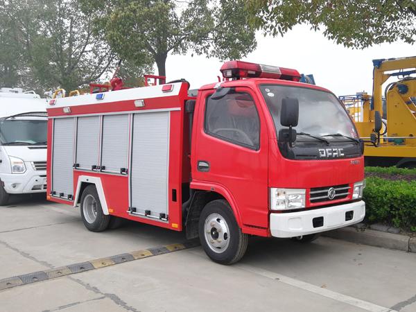 【国五】东风凯普特单排(蓝牌)水罐消防车