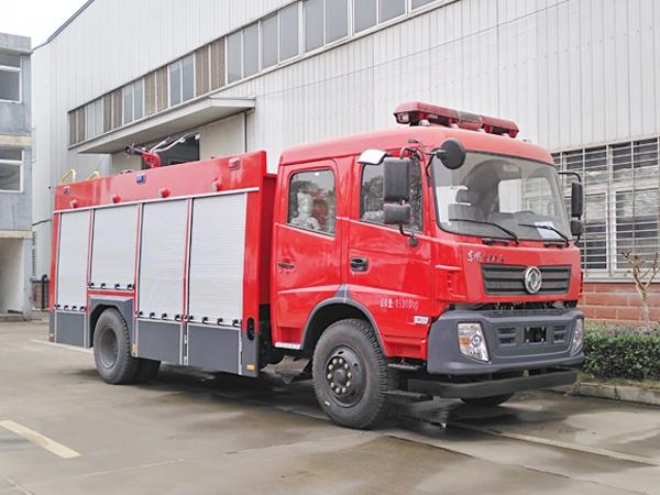【国五】东风专用6吨水罐消防车