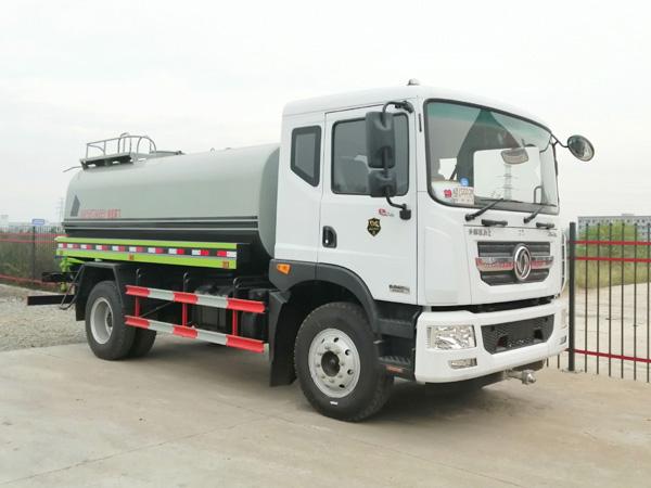 【国六】东风个D9  12吨消防洒水车