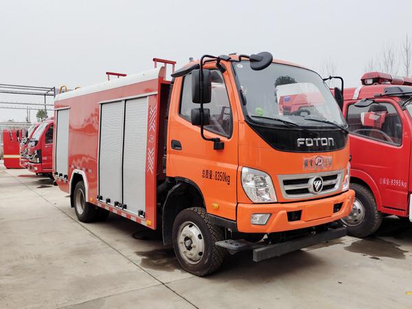 【国六】福田奥铃四驱2.5吨泡沫消防车